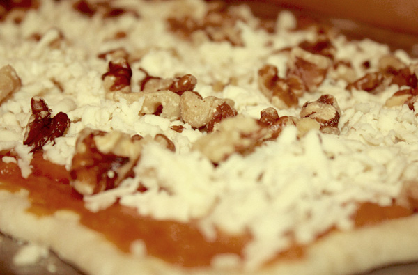 pumpkin pizza with walnuts and mozzarella